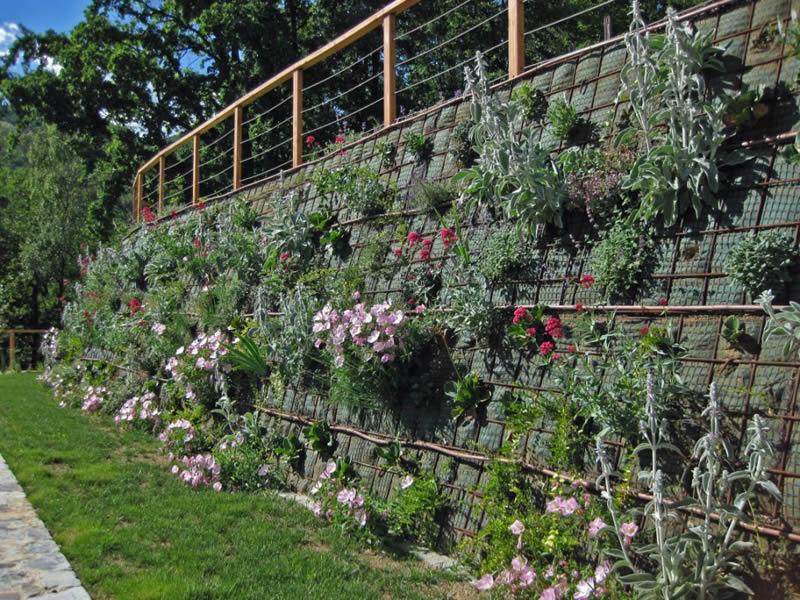 Ben noto Muro di sostegno per terrazzo? Giardini-giardino in collina  PH79